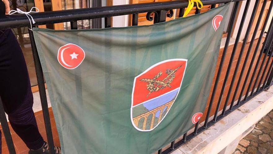 Mancor celebra desde los balcones el 95 aniversario de su independencia