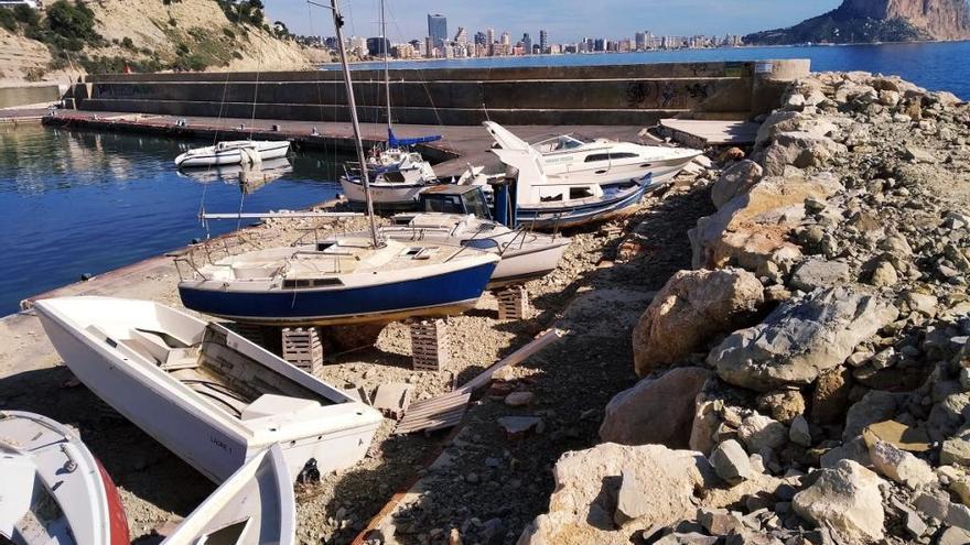 La ruina total del puerto deportivo de Calp