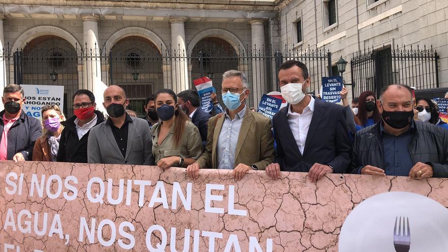 Respaldo de Elche al trasvase en la protesta de Madrid
