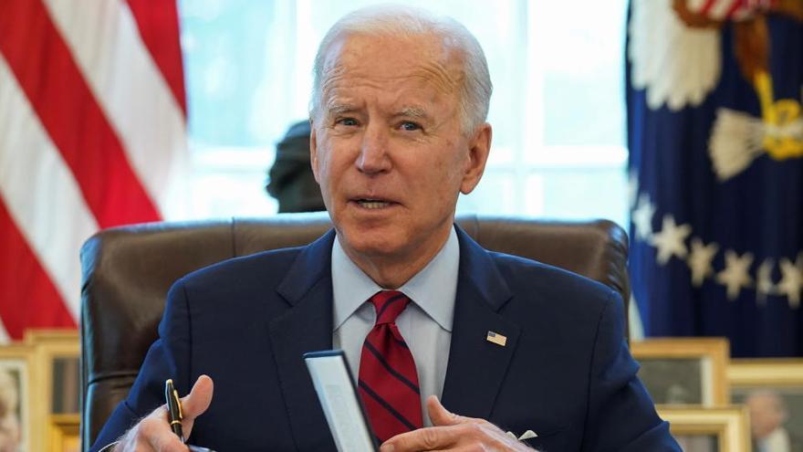 Biden amplía la cobertura sanitaria y elimina obstáculos contra el aborto
