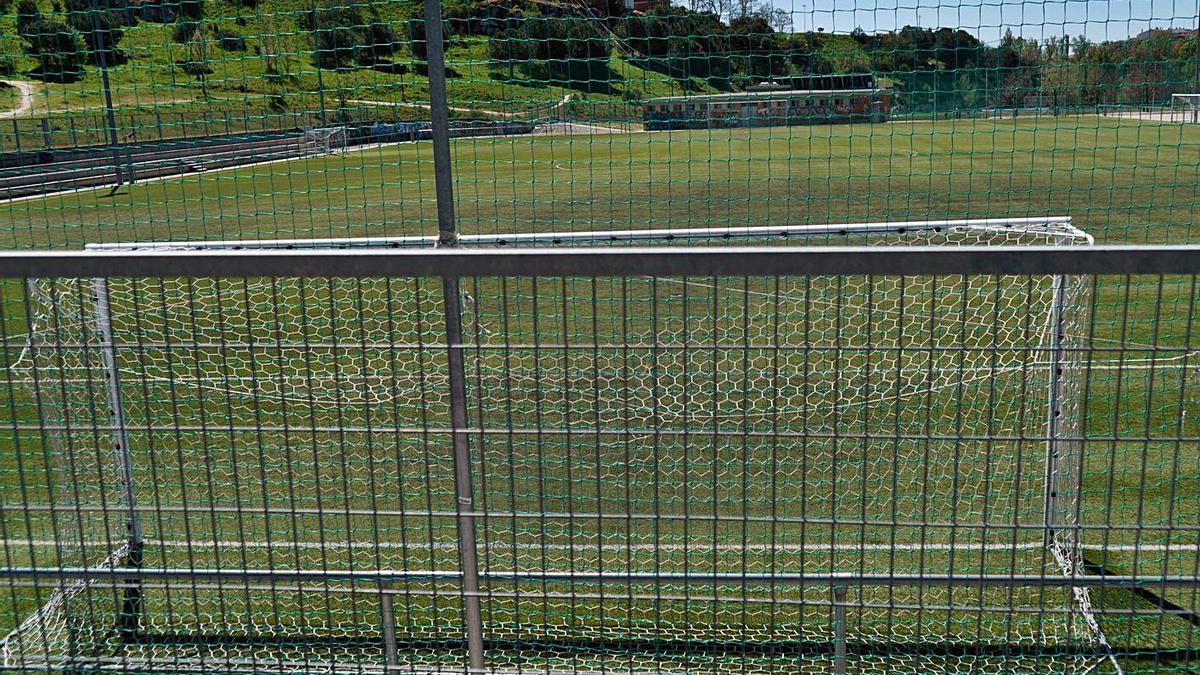 Imagen de uno de los campos de fútbol de las instalaciones municipales de Valorio.
