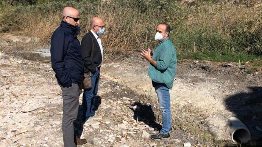 La Fiscalía admite a trámite la denuncia de los vecinos de Charco Amargo sobre las aguas fecales
