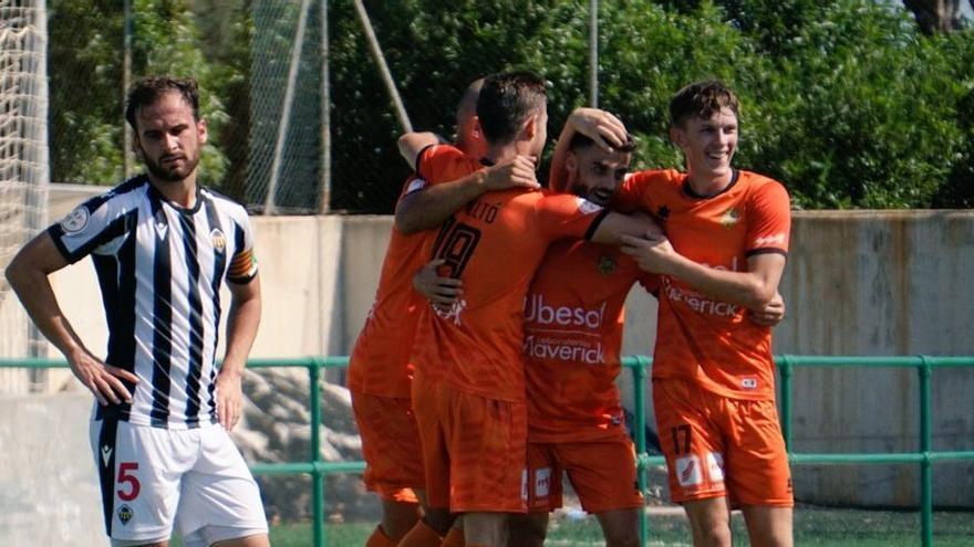 El Castellón B cae ante el Atzeneta y continúa sin encontrar el camino de la victoria (0-2)