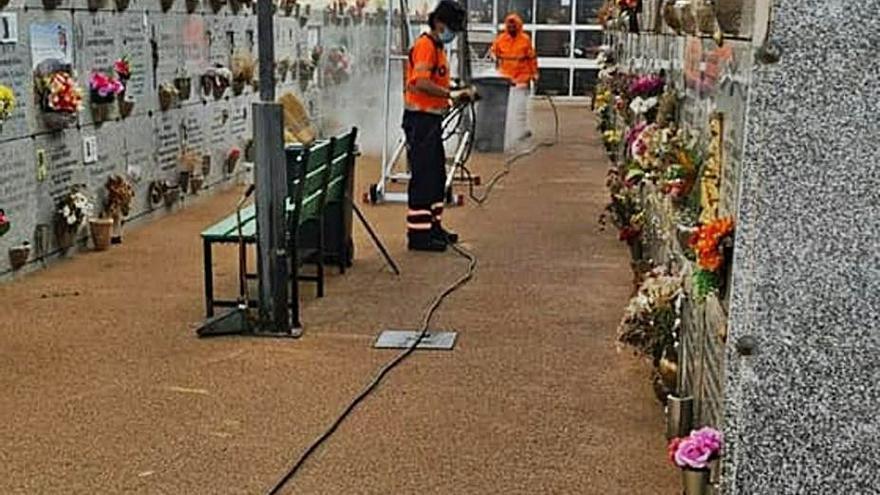 Arrecife amplía el horario del cementerio para el Día de todos los Santos y la red de guaguas