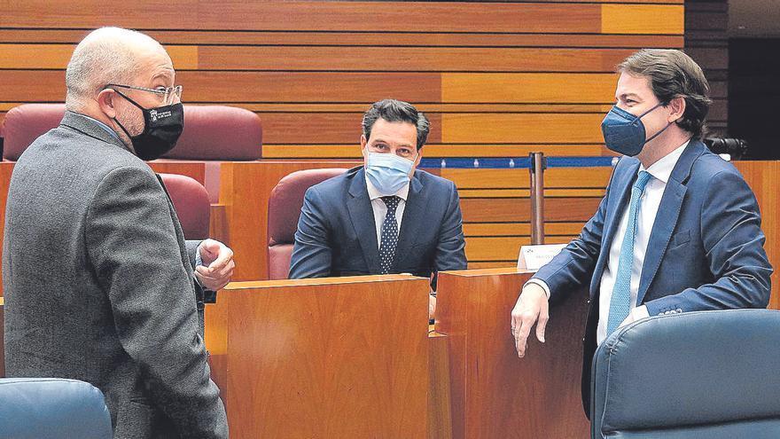 La Junta renuncia a subir el sueldo del presidente y los consejeros el próximo año