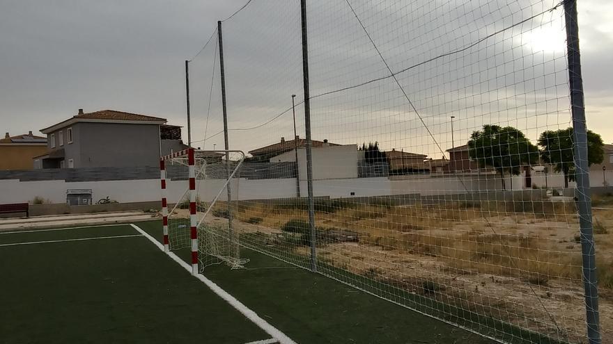 San Vicente pone a punto las instalaciones deportivas para la vuelta de las competiciones