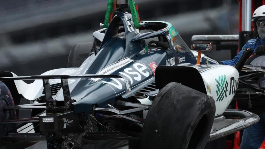 Fernando Alonso afina su preparación en Indianápolis pese a chocar con el muro