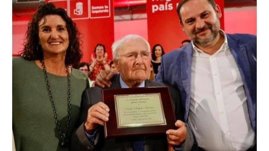 Fallece el histórico alcalde de Domeño, Vicente Madrid