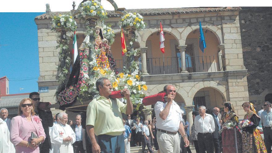 Carbajales honrará a la Virgen de Árboles solo con misa