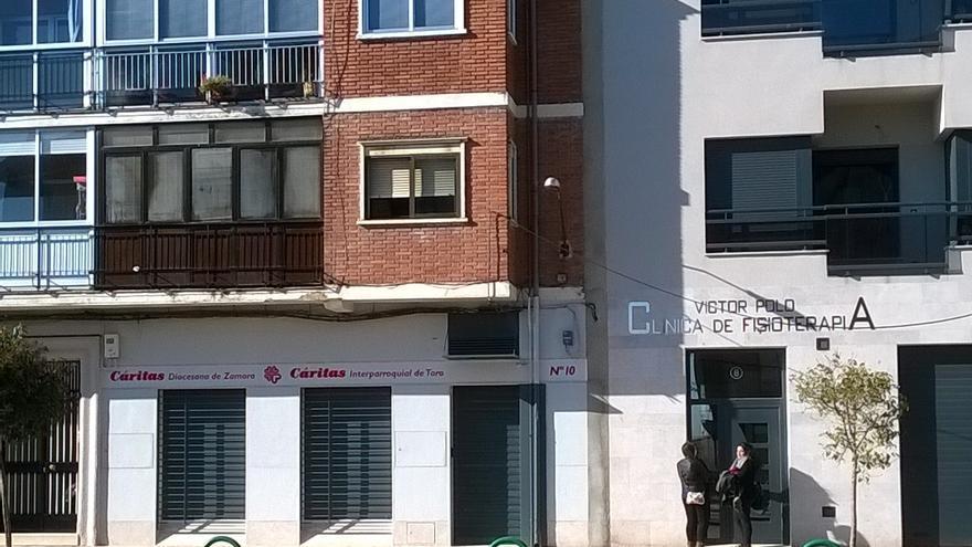 Toro recauda fondos para Cáritas con la venta de mascarillas