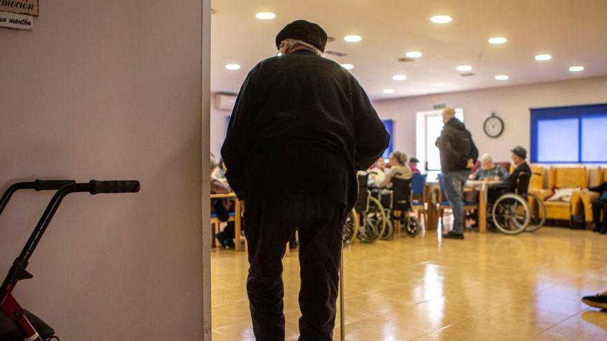 Defensor del Paciente urge una ley de residencias públicas tras el informe del Diputado del Común