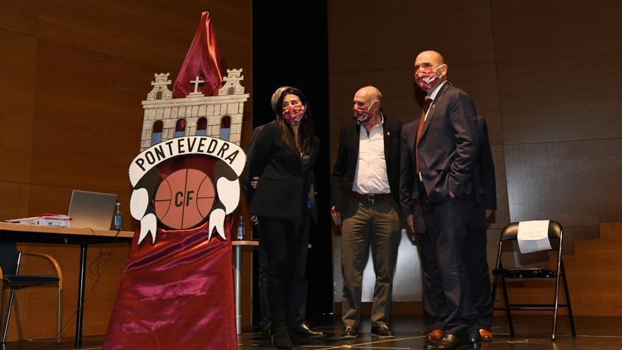 Lupe Murillo, reelegida presidenta del Pontevedra