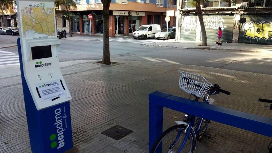Aparecen fallos informáticos constantes en las cinco estaciones nuevas de Bicipalma