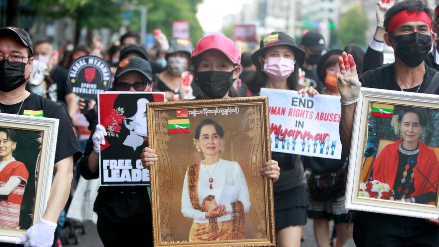 La junta militar birmana anuncia que soltará a 700 presos políticos