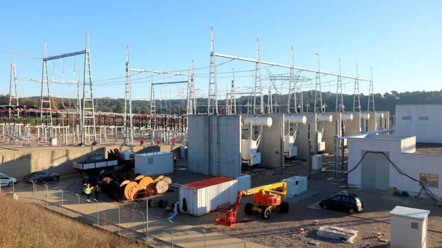 La nova subestació de la MAT de la Farga assegura el servei a la Costa Brava