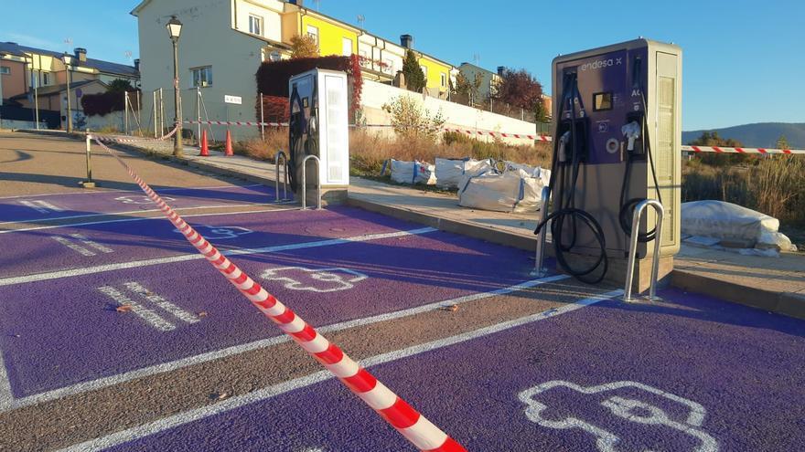 Instalado un punto de recarga de vehículos eléctricos en Puebla de Sanabria