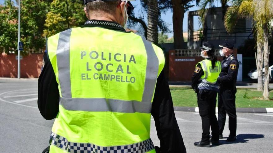 La Policía arresta a dos personas y frustra el robo a un hombre en un cajero bancario en El Campello