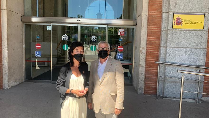 """Adif confirma al PSOE la """"inminente apertura"""" de la estación del AVE de Sanabria"""