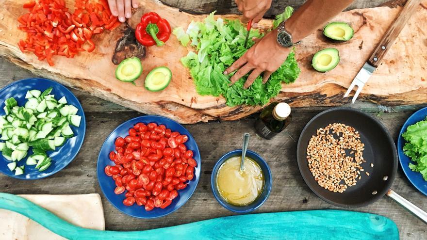 Olvídate de los ultrapocesados y vuelve a cocinar, reglas para una vida saludable