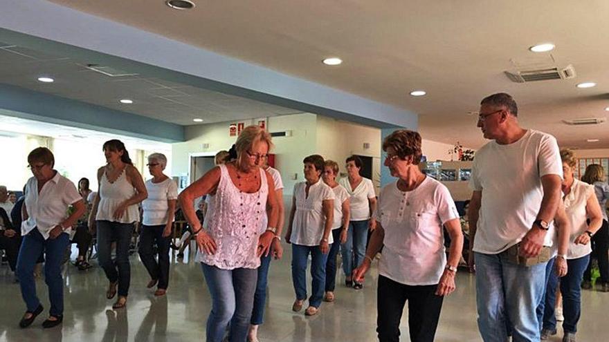 Augmenten en un 9% els habitants de Besalú que han superat els 65 anys