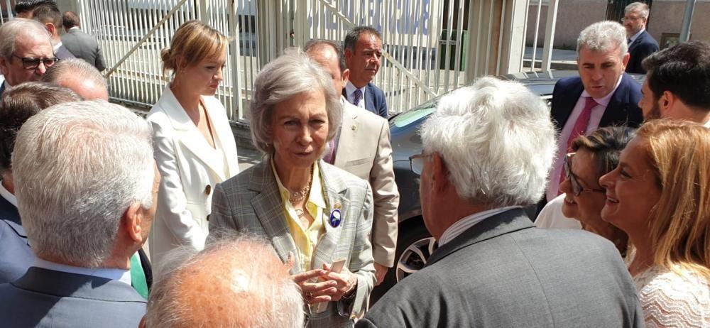 Doña Sofía visita el Banco de Alimentos de Vigo