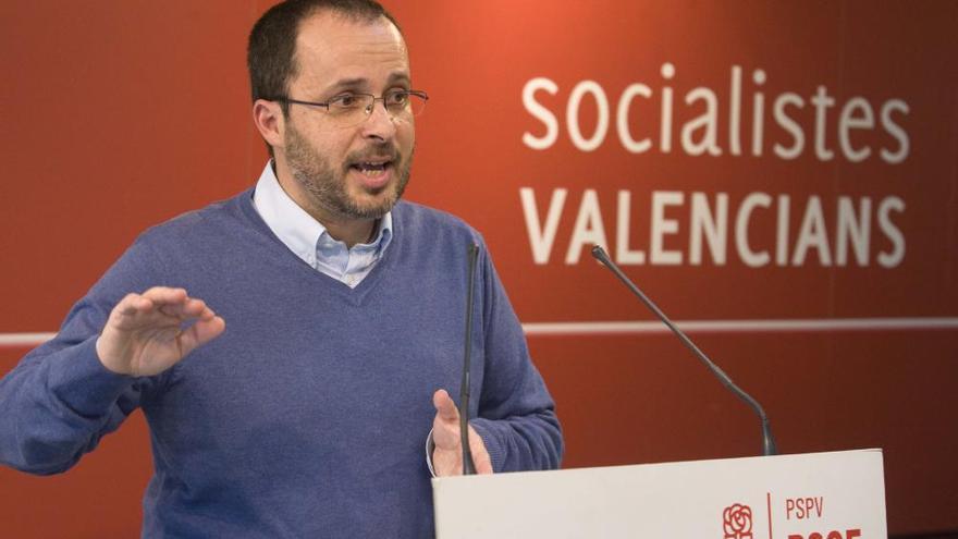Julián López vuelve a la universidad