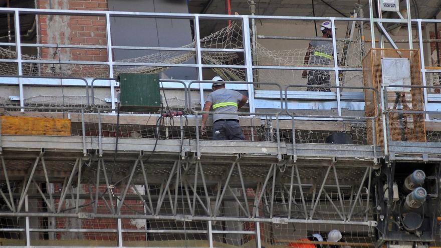 El aumento de las inspecciones de Trabajo a las obras alarma a las empresas de la construcción