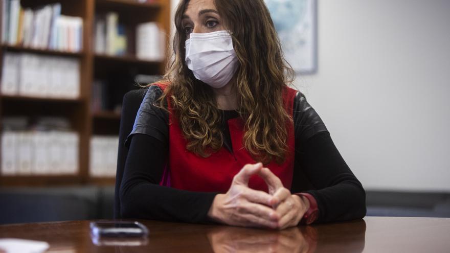 """Entrevista a Isaura Navarro, secretaria autonómica de Salud Pública: """"¿Mi relación con la consellera? Cuando me llama, subo a verla"""