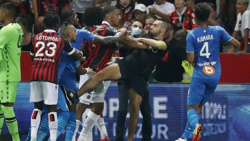 La vergonzosa pelea en el Niza-Marsella ensucia el fútbol francés