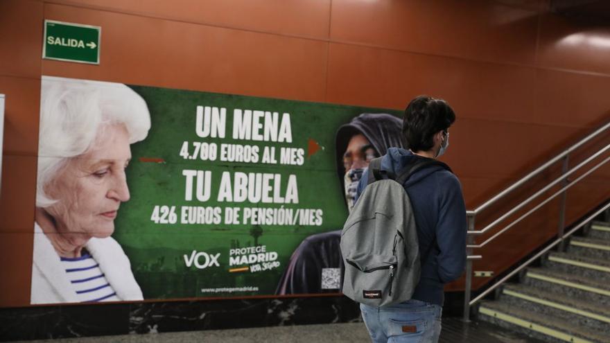 El juez rechaza retirar el cartel electoral de Vox sobre los menores extranjeros