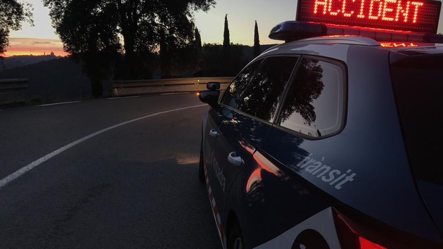 Mor la conductora d'un cotxe en un accident a la GI-623 a Saus