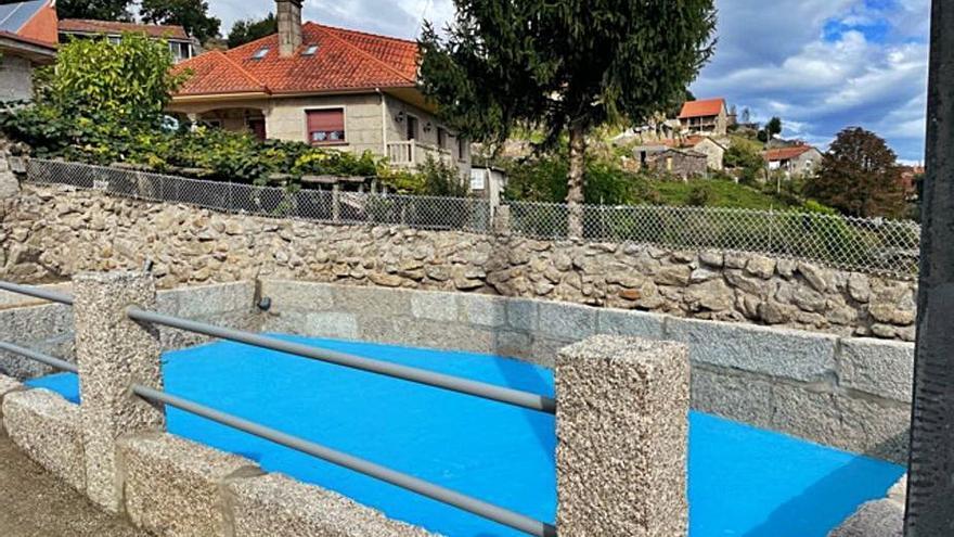 Lavadero que puede usarse como piscina en Ponte Caldelas
