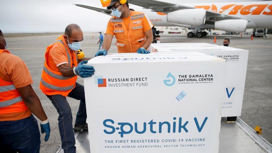 """La Agencia Europea del Medicamento hará una inspección de """"buenas practicas clínicas"""" de la vacuna rusa"""
