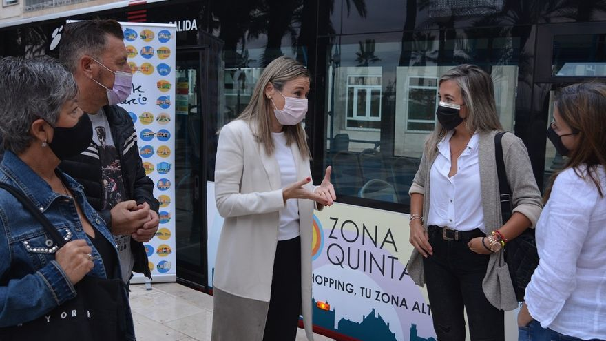 """""""Practica el Slowshopping"""", campaña de promoción del comercio en la calle Quintana"""