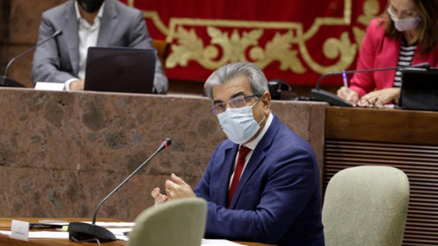 Canarias empieza a elaborar sus nuevas cuentas sin intención de tocar impuestos