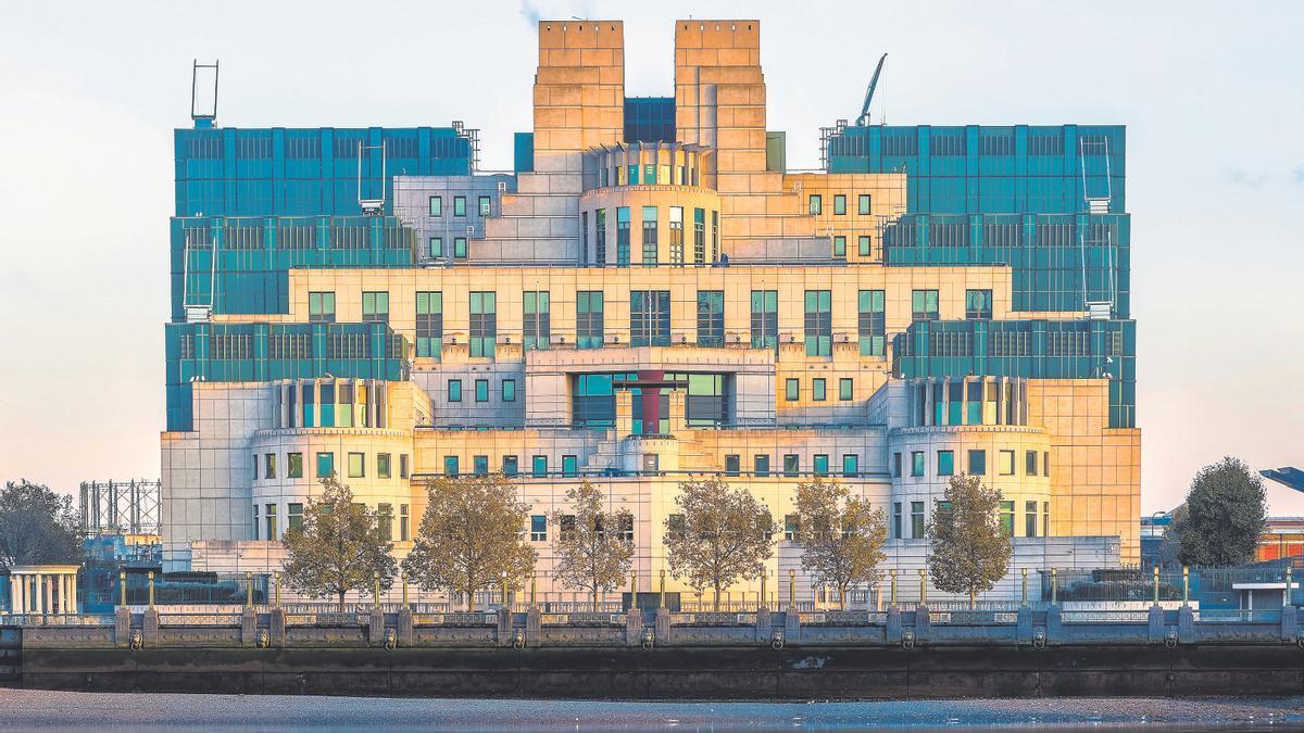Imagen del edificio del servicio secreto británico en Vauxhall Cross, Londres.