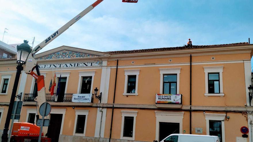 Manises realiza obras en el Ayuntamiento para mejorar la seguridad de los trabajadores