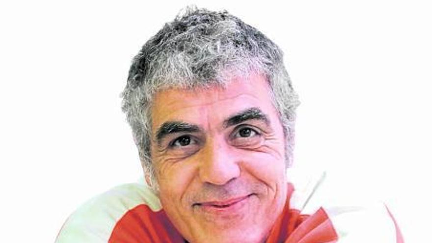 Camil Casanovas, Enfermero Aspirino: «Lo fundamental es ayudar a que los niños sigan siendo niños»