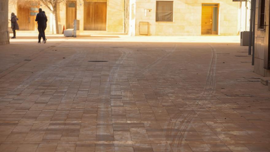 La provincia de Alicante amanece con una capa de arena roja