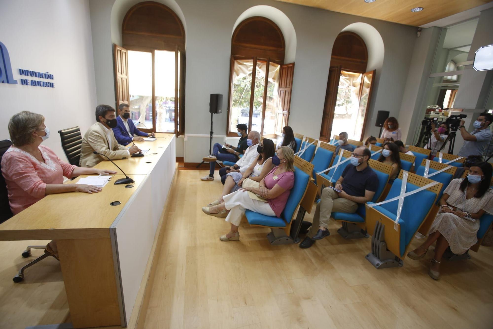 Presentación del  'Programa Superior Liderazgo Público: Liderazgo para Directivas' impartido por Fundesem en colaboración con la Diputación