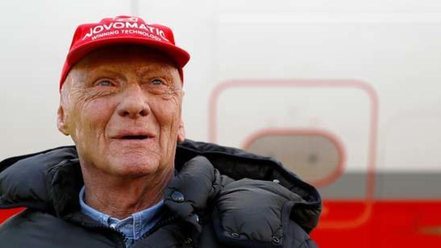 """Niki Lauda evoluciona de forma """"muy satisfactoria"""" tras su trasplante"""