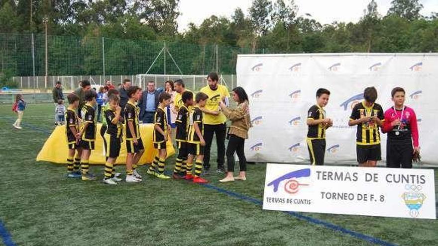 Gran éxito en el VI Torneo de Fútbol 8 de Cuntis