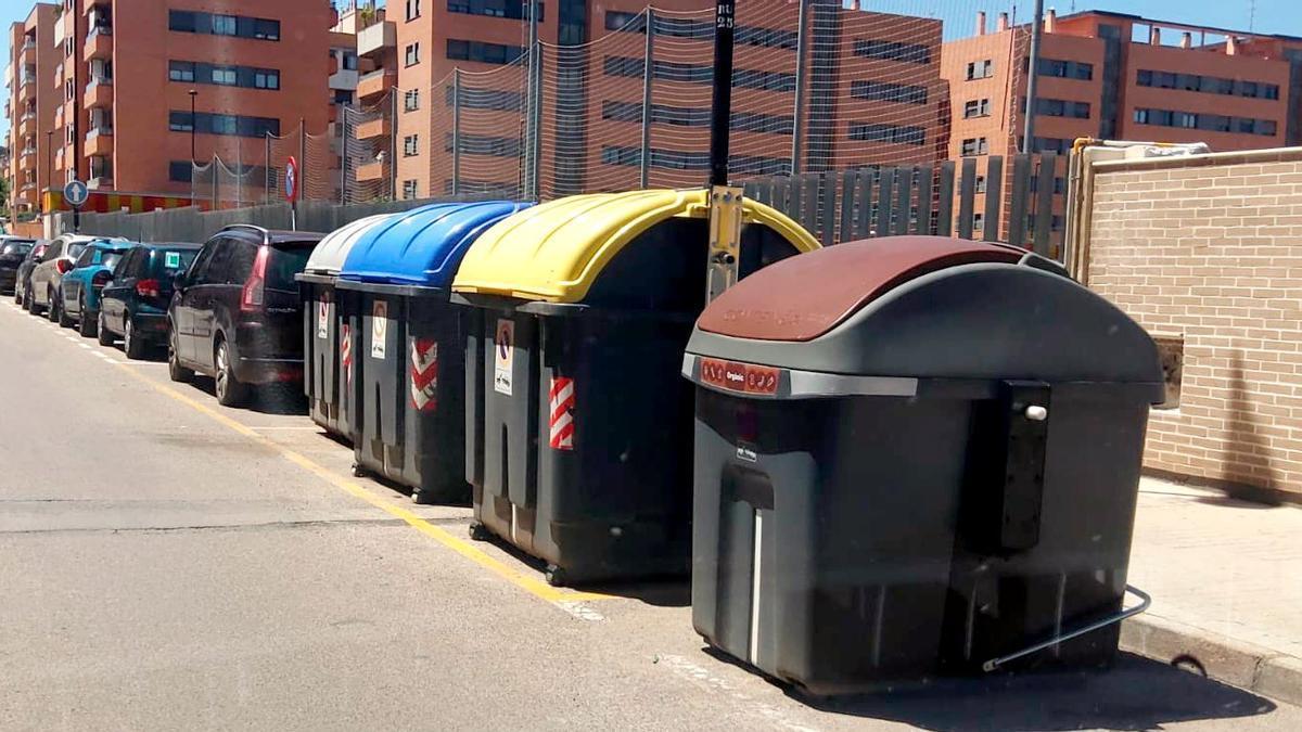 Contenedor de residuos orgánicos inteligente, instalado en Torrent.
