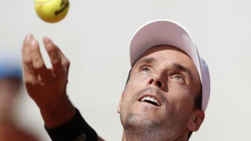 Bautista cede ante Fognini y se despide de Roland Garros