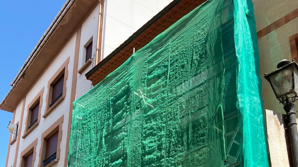 Obras en un inmueble de la villa praviana de la segunda convocatoria de las ayudas para la rehabilitación de vivienda