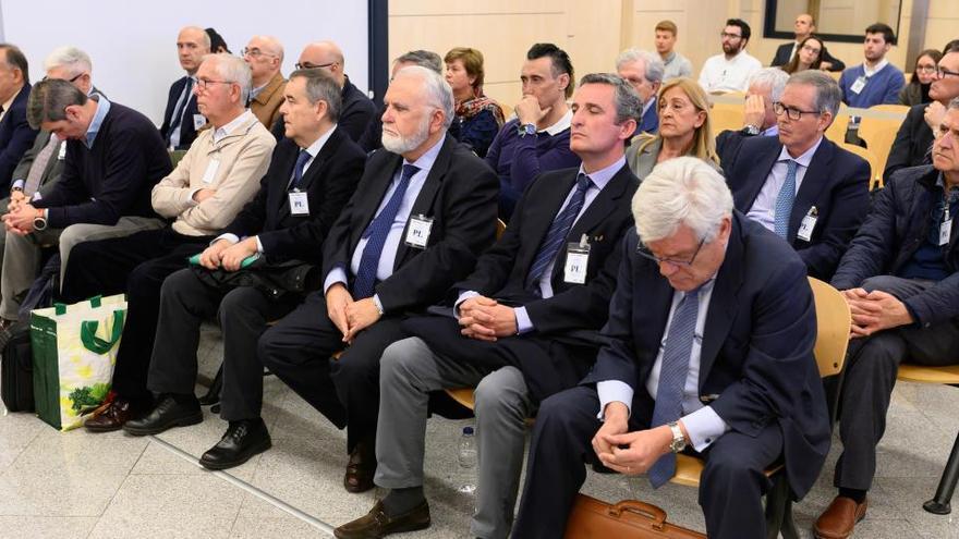Las defensas del exdirector de RTVV y El Bigotes implican a Camps en el juicio del papa