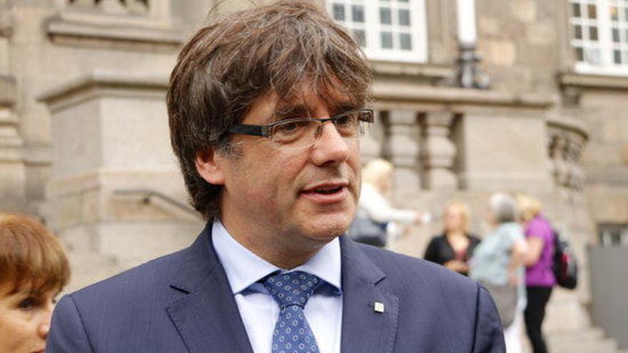 """Puigdemont denuncia una """"operació provocació"""" del govern espanyol"""