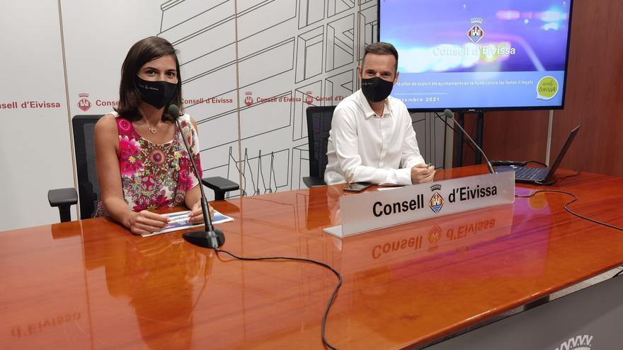 Una sanitaria de la unidad de covid, promotora de fiestas en villas de Ibiza