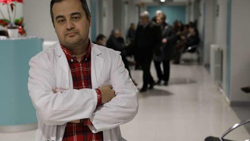 Nuevo equipo médico en Cruz Roja para prevenir fracturas por osteoporosis