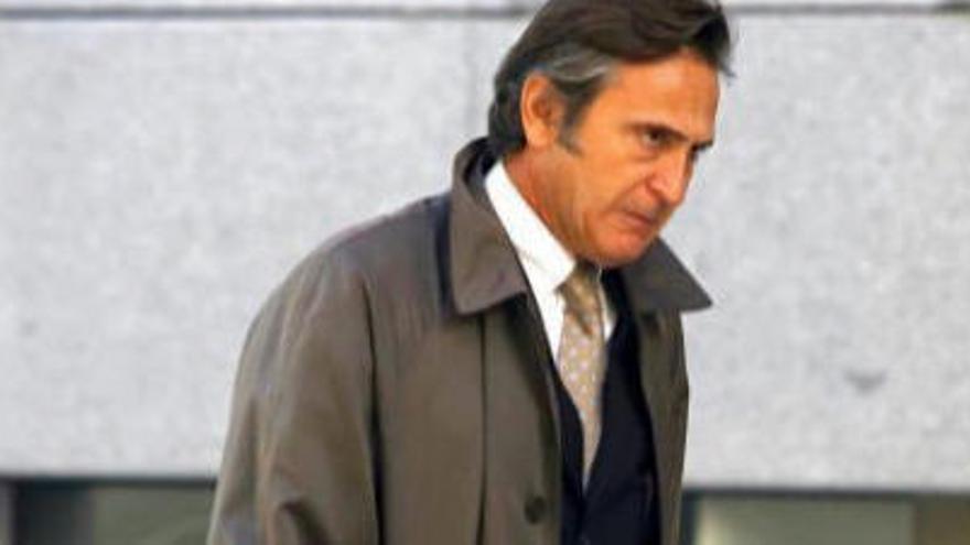 Acusen Josep Pujol d'ingressar 2,3 milions d'origen desconegut a Andorra